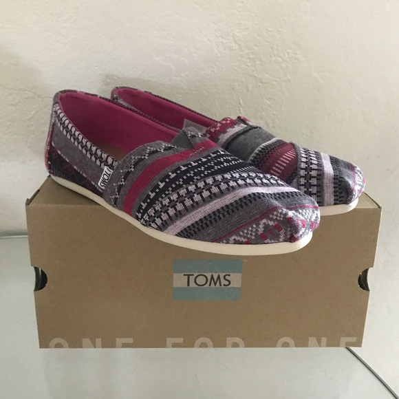 e2374be41904c New TOMS Classic Fuchsia Tribal Jersey Flats Shoes NWT